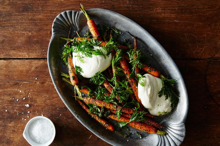 1fcc66d3-6fcc-46ff-b45e-7bdd9ae58bc6--2015-0504_carrot-top-pesto-with-carrots-and-burrata-005_JR_1--1