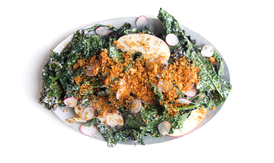 grilled-kale-salad-with-paprika-breadcrumbs-940x560