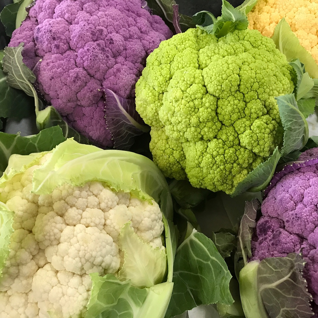 http://blueskyorganicfarms.com/wp-content/uploads/2018/02/Variety-of-Cauliflower.jpg